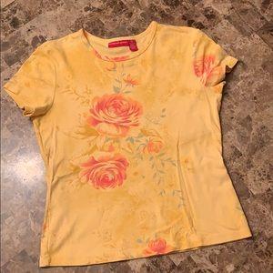 Gloria Vanderbilt tshirt